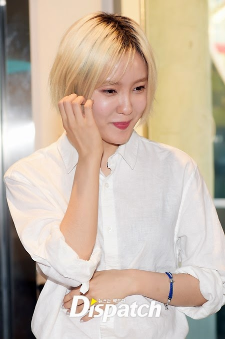 hyomin signing event tom n toms (1)