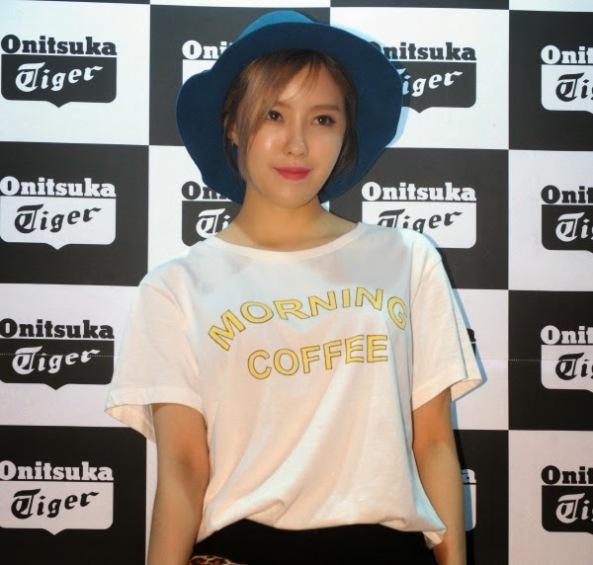 t-ara+hyomin+onitsuka+tiger+